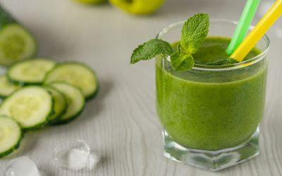 7 raisons qui vous motiveront à boire du jus de concombre