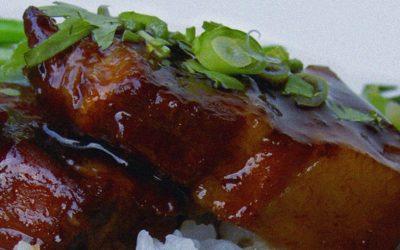 Travers de porc caramélisés à la plancha